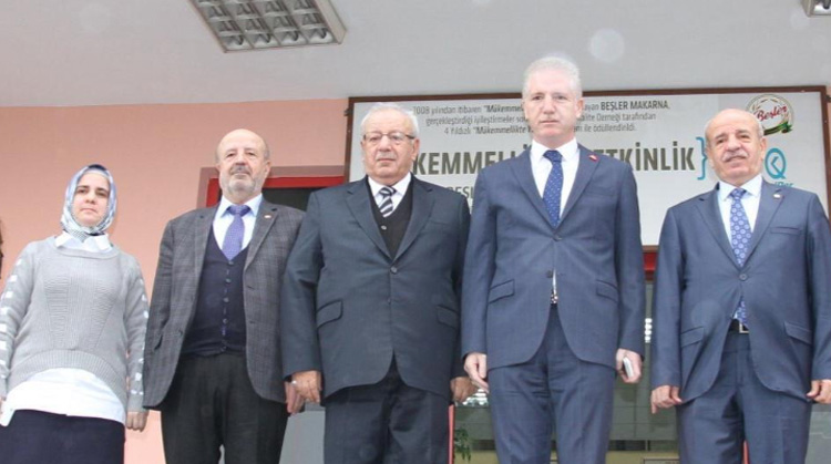 VALİ GÜL'DEN BEŞLER HOLDİNG'E ZİYARET